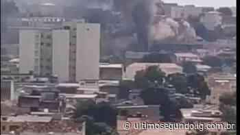 Prédio pega fogo no Rio de Janeiro por causa de carregador de celular - Último Segundo