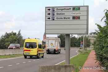 Parkeergeleidingsborden geven al maanden foute info (Lier) - Gazet van Antwerpen Mobile - Gazet van Antwerpen