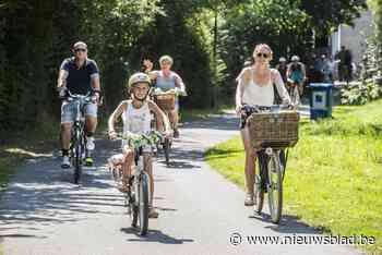 """Hele maand West-Vlaanderens Mooiste: """"Maar het mooiste is toch om een tevreden fietser de Expo Hallen te zien binnenrijden"""" - Het Nieuwsblad"""