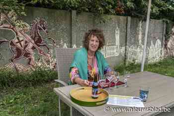 Biersommelier Belinda heropent biertuin en organiseert evene... (Roeselare) - Het Nieuwsblad