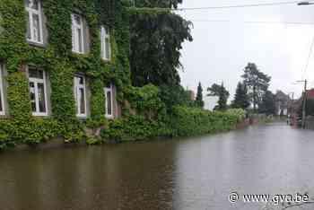 Opnieuw wateroverlast na hevige buien: centrum van Waals dorpje staat onder water - Gazet van Antwerpen