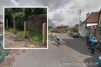 Police protect installation of four bike posts in Ripe