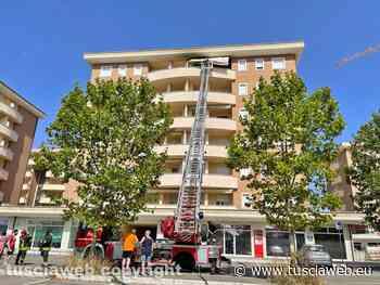 Paura a largo Onio della Porta, in fiamme balcone al sesto piano - Tusciaweb.eu - Tuscia Web