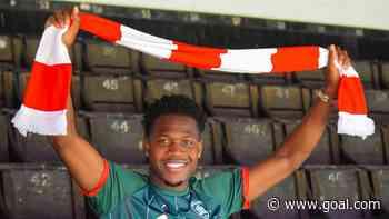 Aaron Leya Iseka: Barnsley sign Toulouse striker