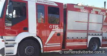 Viterbo, incendio vicino alle case. Pomeriggio di paura a Bagnaia lungo la strada Ortana - Corriere di Viterbo