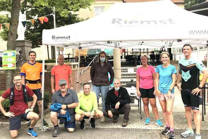 180 joggers en wandelaars op de Zomerjogging in Zichen