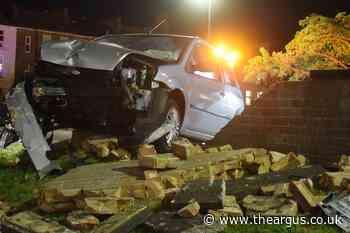 Car crashes into brick wall in Eastbourne - 3 men flee scene