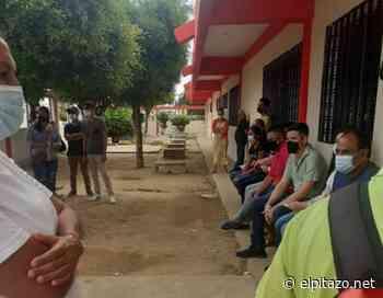 Zulia  Habitantes de Sinamaica denuncian que solo vacunan a los foráneos - El Pitazo