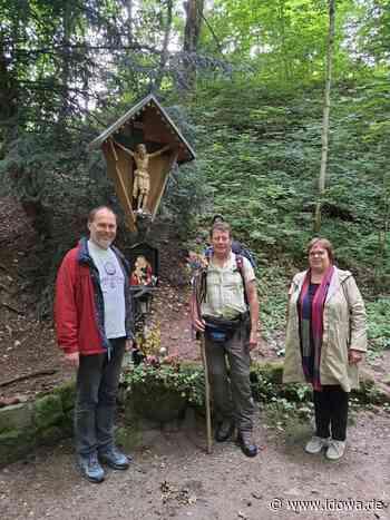 Von Passau nach Altötting: Sorgenbriefe-Träger hat sich auf den Weg gemacht - idowa