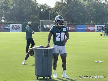 For Eagles, It's About the Player Not the Formation - Sports Illustrated