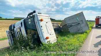 Unfall - Mit Mais beladener 40-Tonner bei Kehl umgekippt - Schwarzwälder Bote
