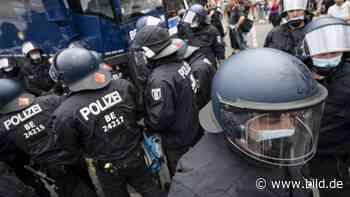Angeblich aus technischen Gründen! - Berlin zählt keine verletzten Polizisten mehr - BILD