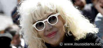 Donatella Rettore/ 'Costretta' a partecipare a Sanremo 1986: sul palco con le ali - Il Sussidiario.net