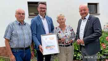 Renate Färber aus Cossengrün geehrt - Ostthüringer Zeitung