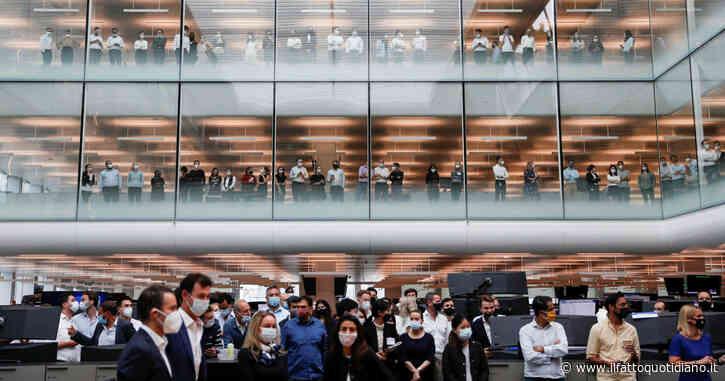 Goldman Sachs, più soldi ai giovani dipendenti che si lamentavano per i ritmi lavorativi infernali. Salario base a 110mila dollari