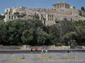 Greece closes Acropolis because of heatwave