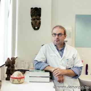 Infectioloog Steven Callens: 'Binnen enkele weken kan mondmaskerplicht op de schop'