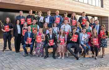 Berufsfachschule für Musik: Schüler erhalten ihre Zeugnisse - Passauer Neue Presse