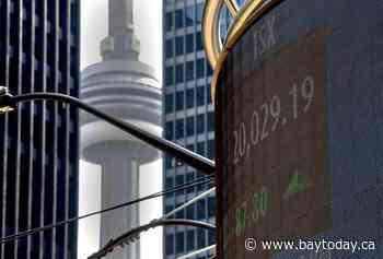 S&P/TSX composite inches higher in late morning trading despite crude oil price drop