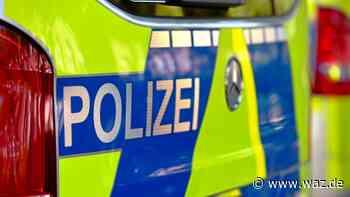 Unfall in Duisburg: Beulen an Auto und Blut auf dem Boden - Westdeutsche Allgemeine Zeitung