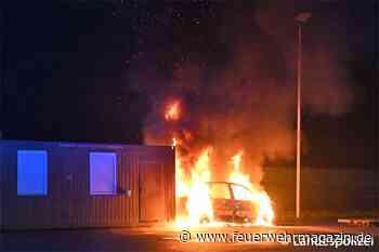 Auto auf Übungsgelände angezündet - Feuerwehr-Magazin