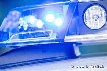 53-Jähriger fährt mit Auto auf Mauer: Tot - Schwäbisches Tagblatt