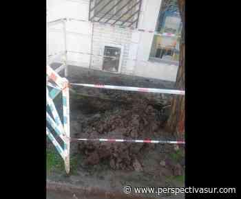 Rompieron caño de gas al realizar una obra de agua en Quilmes Oeste - Perspectiva Sur