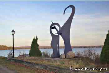 Unique Northern Triptych Sculpture to stay in Sundridge
