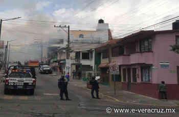 Se registra incendio en vivienda abandonada de Xalapa   e-consulta.com Veracruz2021 - e-veracruz