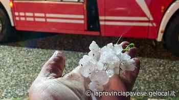Grandine come noci e strade allagate in Oltrepo - La Provincia Pavese