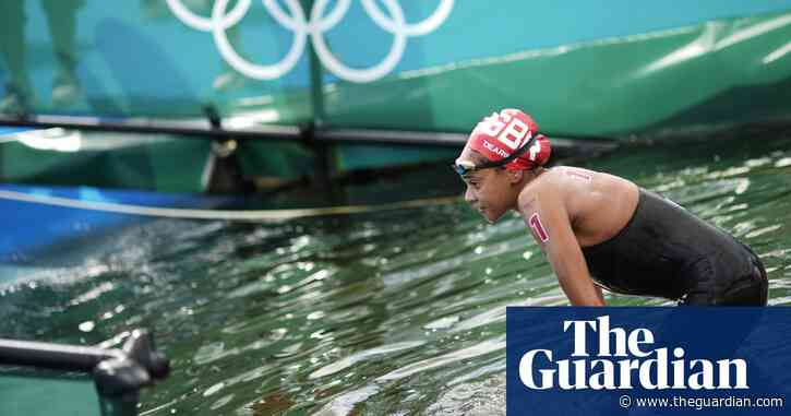 Alice Dearing makes history but Team GB's first black swimmer leaves 'broken'