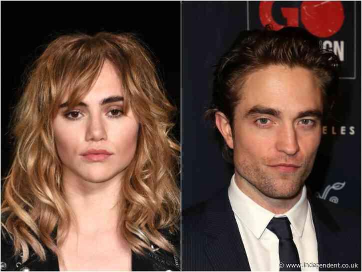 Suki Waterhouse calls out Gossip Girl over Robert Pattinson joke - The Independent