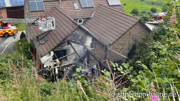 Großeinsatz in Mettmann: Flammen auf Bauernhof - Top - Super Tipp