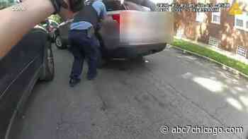 Chicago police shooting: Bodycam video released by COPA after officers fatally shoot Klevontaye White in West Garfield Park - WLS-TV