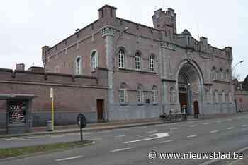 Mogelijk ontsnapping uit Gentse gevangenis. Buurt afgezet en sweeping bezig