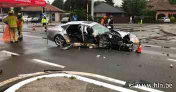 Bestuurder valt in slaap en knalt tegen verkeerslicht in Aalst: passagier zwaargewond - Het Laatste Nieuws