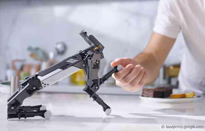 XGO-Mini mini quadruped robot with 12 DOF omnidirectional movement
