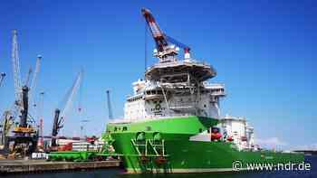 """Havarierte """"Orion 1"""" nach Werftaufenthalt zurück in Rostock - NDR.de"""