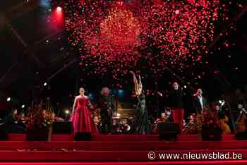 Carmen zingt aan de boord van de Schelde