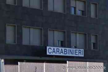 Casalgrande: la caserma è chiusa e lui va in escandescenza danneggiando i cartelli - sassuolo2000.it - SASSUOLO NOTIZIE - SASSUOLO 2000