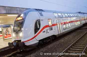 IC von Karlsruhe nach Stuttgart - Aggressive Reisende zieht Notbremse und greift Polizisten an - Stuttgarter Zeitung