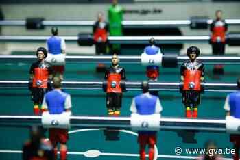 Sportkamp tafelvoetbal in stadion van Lierse Kempenzonen (Lier) - Gazet van Antwerpen Mobile - Gazet van Antwerpen