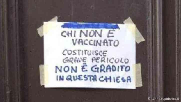 Casale Monferrato, divieto di ingresso in chiesa ai non vaccinati. Ma è polemica e il parroco deve tornare... - La Repubblica