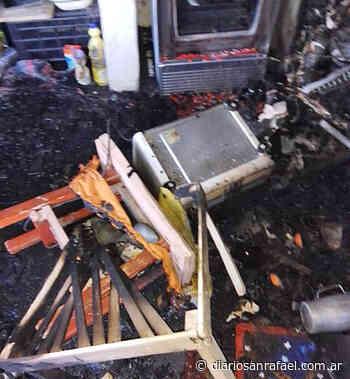 Se incendiaron departamentos ubicados en calle Deán Funes - Diario San Rafael