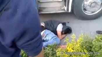 Pasajeros golpean y someten a asaltante en Jiutepec, Morelos - Bajo Palabra Noticias