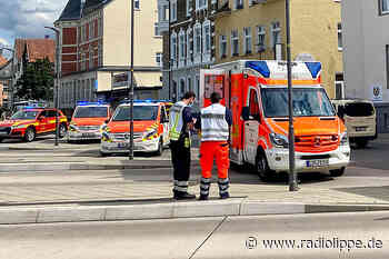 Detmold: Auto kracht in Bushaltestelle - vier Verletzte - Radio Lippe