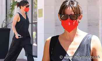 Jennifer Garner hits the mall for a shopping outing wearing a stylish black pantsuit in Los Angeles