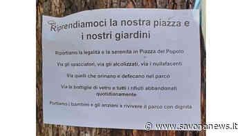"""Savona, manifesto di protesta contro il degrado in piazza del Popolo: """"Via gli spacciatori, gli alcolizzati, i nullafacenti"""" - SavonaNews.it"""