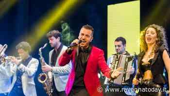 Serate in piazza del Popolo, arriva il Balamondo World Music Festival con Mirko Casadei - RavennaToday