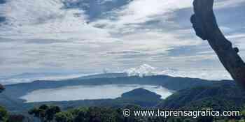 La belleza del lago de Coatepeque vista desde las alturas de la ruta al Cerro Verde - La Prensa Grafica